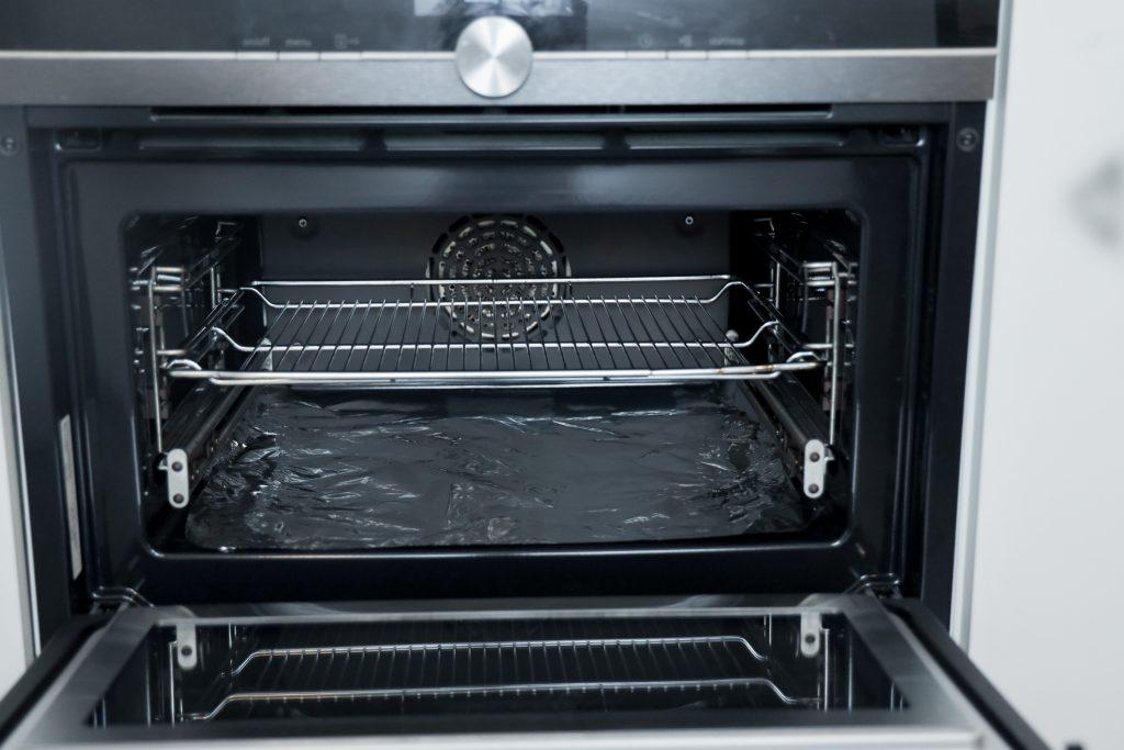 zilverfolie in oven