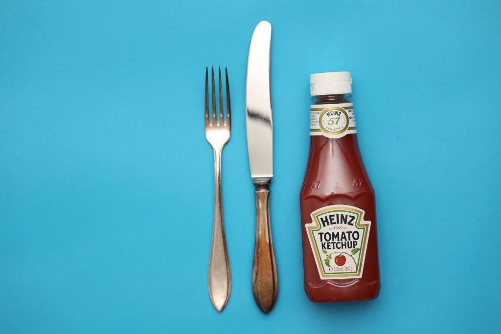 zilver poetsen met ketchup