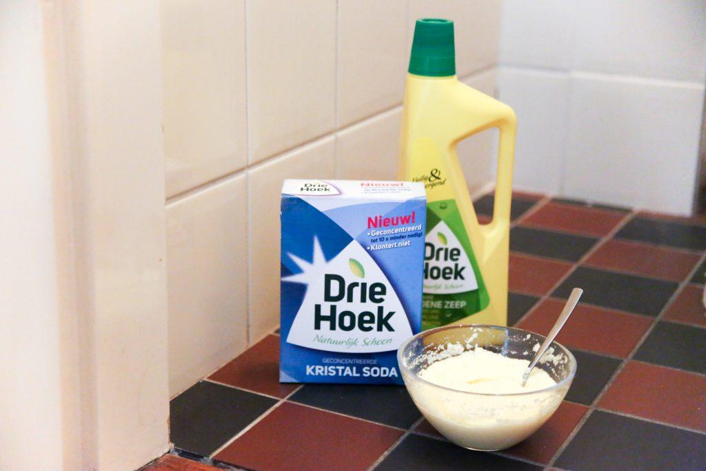 soda en groene zeep