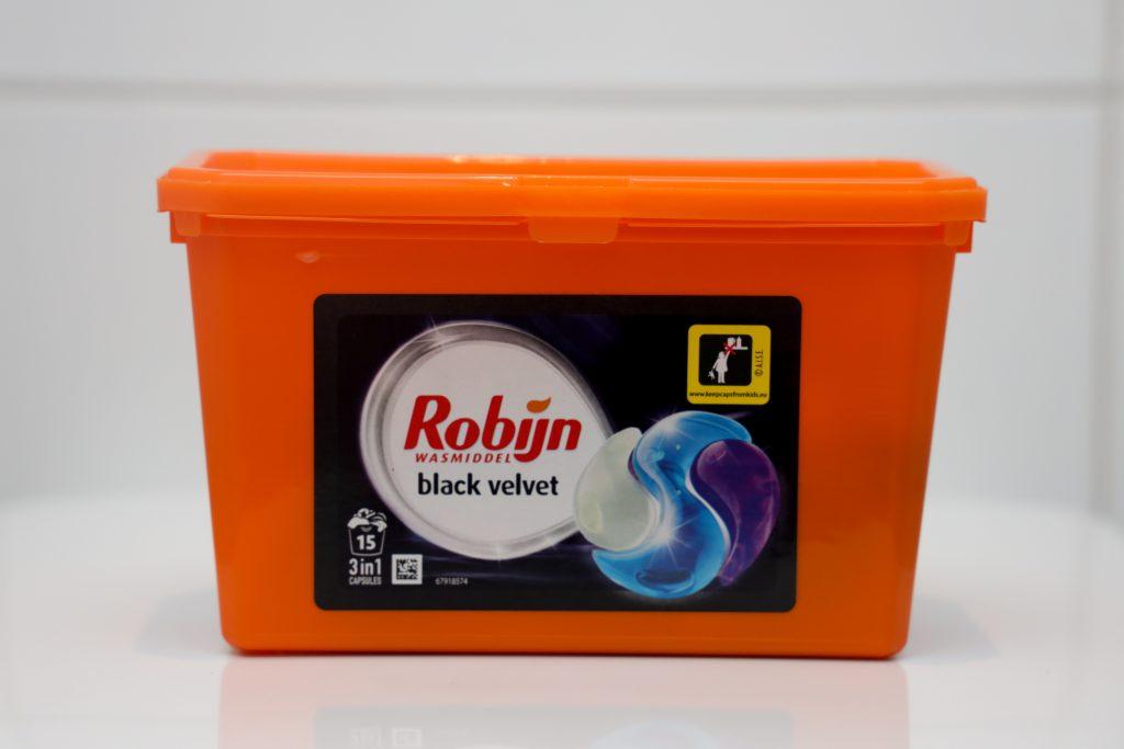 Robijn black velvet pods