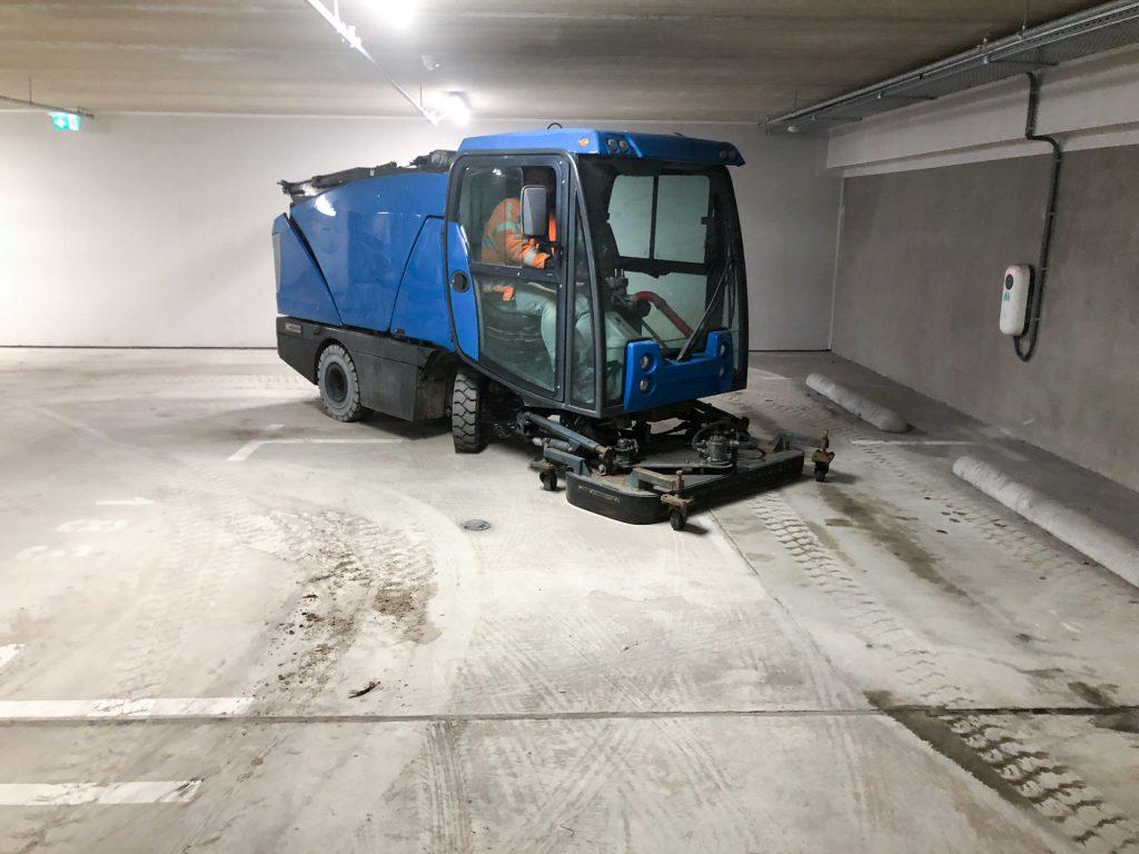 parkeergarage schoonmaken